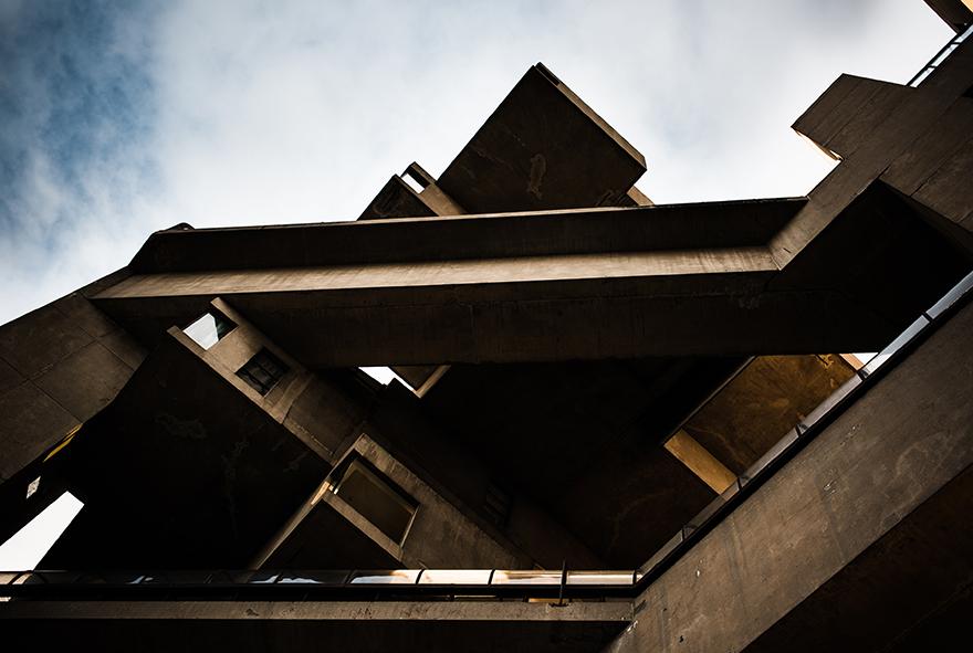 Nahia Garat photographe photographer Montréal Québec Canada french photographer communication architecture périphérie urbaine urban outskirts habitat 67 cité du Havre fleuve Saint Laurent Vieux Port